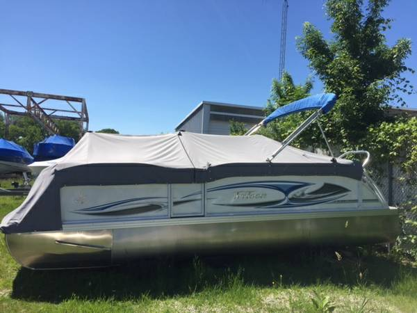 2016 JC Tritoon NepToon 21 TT Sport with Mercury 150 HP 4-stroke
